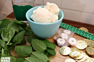 Healthy shamrock shake ingredients
